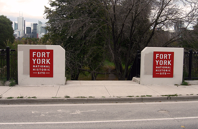 new-fort-york-signs 150